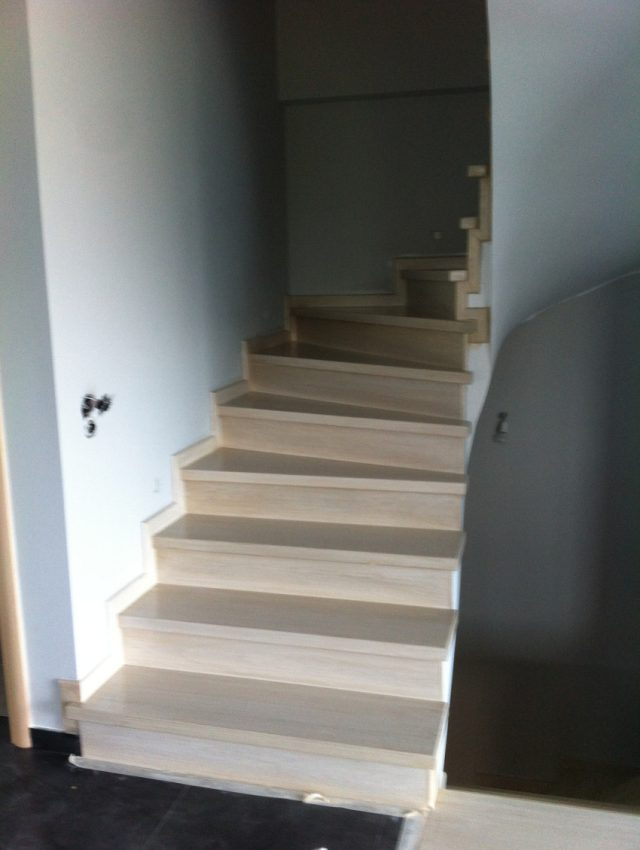 Ξύλινη σκάλα ALEGRIA