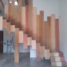 Ξύλινη σκάλα IRIS
