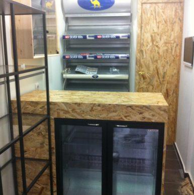 Ξύλινες κατασκευές – κατάστημα Ψιλικών