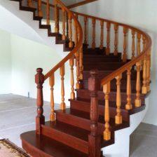 Ξύλινη σκάλα ACILIA