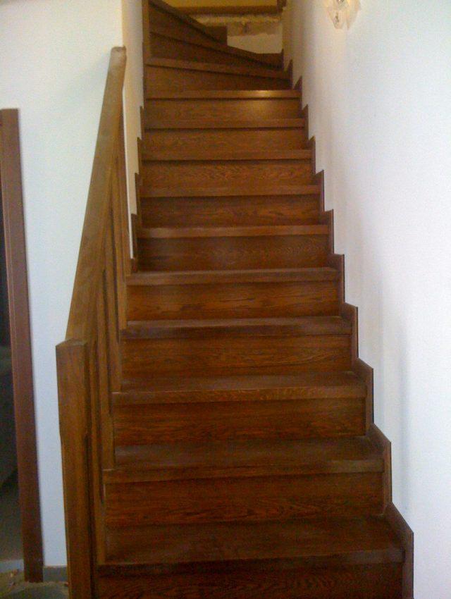 Ξύλινη σκάλα ANCELMA