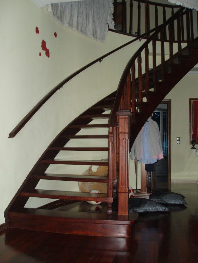 Ξύλινη σκάλα ELFI