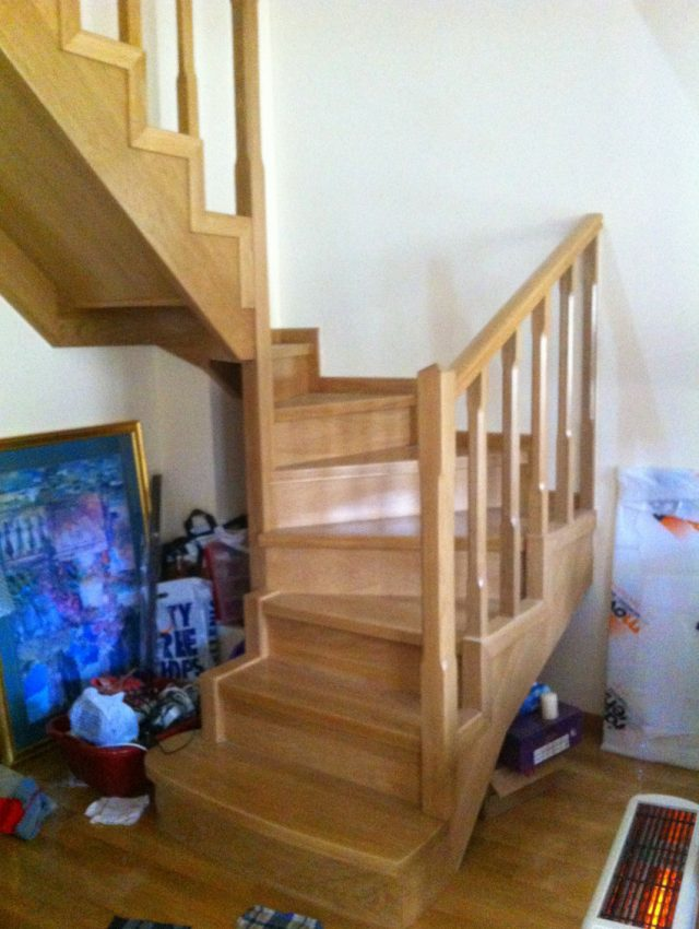 Ξύλινη σκάλα RINETTA